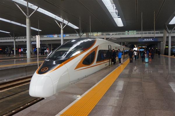 广东移动、华为合作:春节前打造全球第一条5G+智慧高铁
