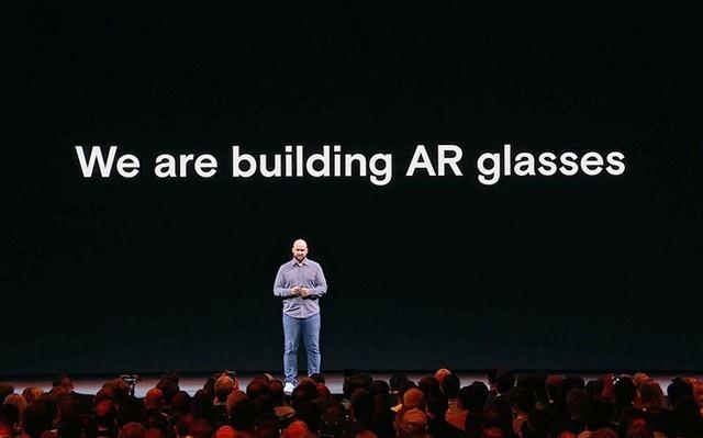 Facebook证实研发AR眼镜